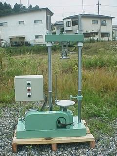 電動スクリュー式加圧試験機(一軸・CBR・マーシャル・圧裂)